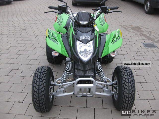 2011 Arctic Cat  DVX 300-New-Mod.2011 Motorcycle Quad photo