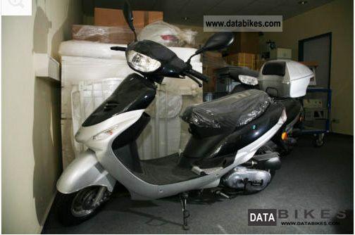 Baotian  Benzhou YY50QT 2012 Scooter photo