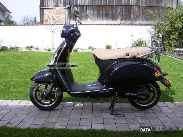 2011 Baotian  Classico / Luxxon Suvio - including warranty - Motorcycle Scooter photo