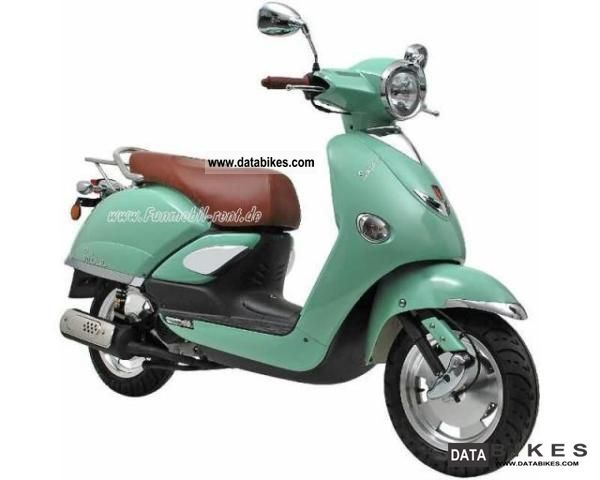 2011 Baotian  LINTEX Salsa 25er scooter - also known as 50 or 125 Motorcycle Scooter photo