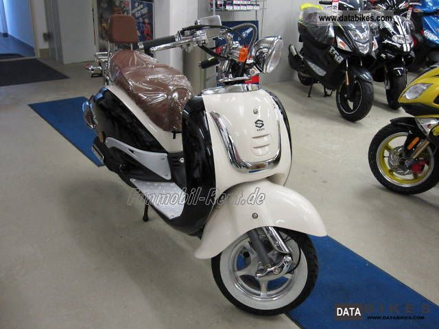 2011 Baotian  Fosti in Grande Retro Honda Shadow cruiser look Motorcycle Scooter photo