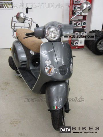 2011 Baotian  Classico 50 45s retro scooter Vespa LX-in look Motorcycle Scooter photo