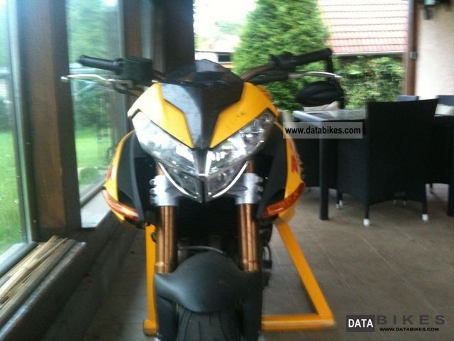 2005 Benelli  1130 TNT inkl.neue tires, sport exhaust, waiting Motorcycle Naked Bike photo
