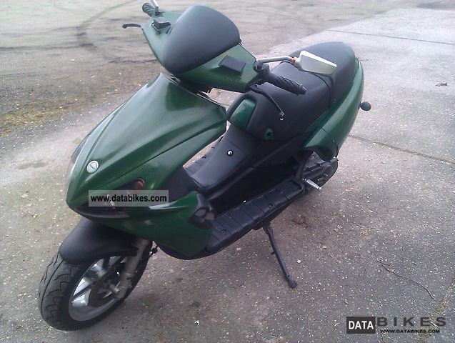Benelli  491 ST 2001 Scooter photo