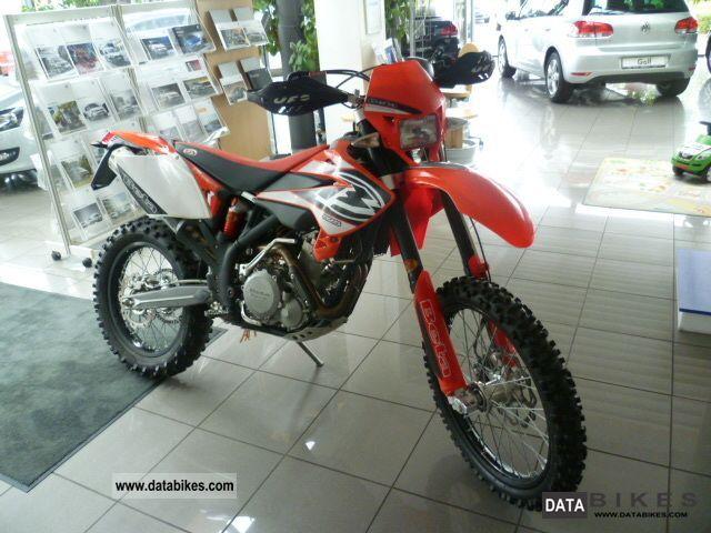 2006 Beta  525 rr Motorcycle Enduro/Touring Enduro photo