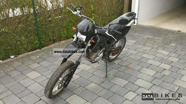 2008 Beta  RR 125 Motorcycle Lightweight Motorcycle/Motorbike photo