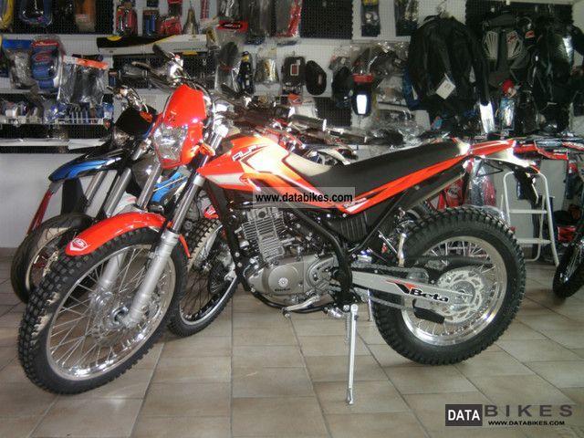 2011 Beta  ALP 200/12 Motorcycle Enduro/Touring Enduro photo