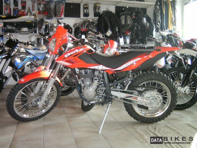 2011 Beta  ALP 4.0 blue stock Motorcycle Enduro/Touring Enduro photo