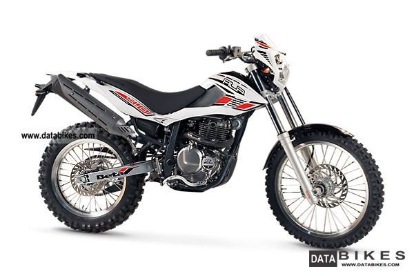 2011 Beta  ALP 4.0 bearing vehicle including apparel SET Motorcycle Enduro/Touring Enduro photo