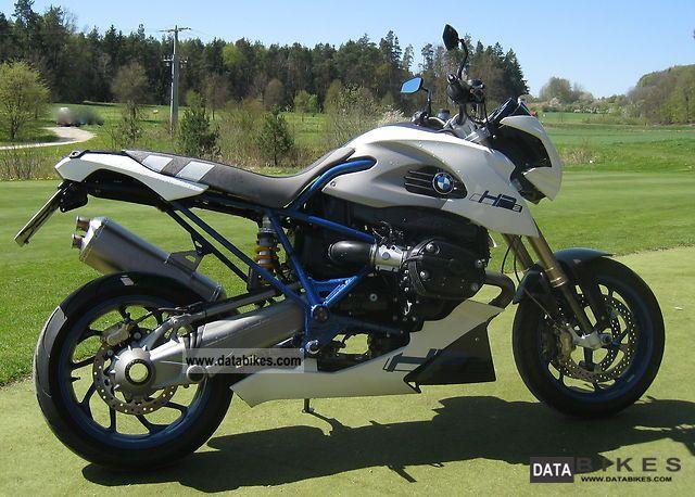 2011 BMW  HP2 Megamoto Motorcycle Super Moto photo
