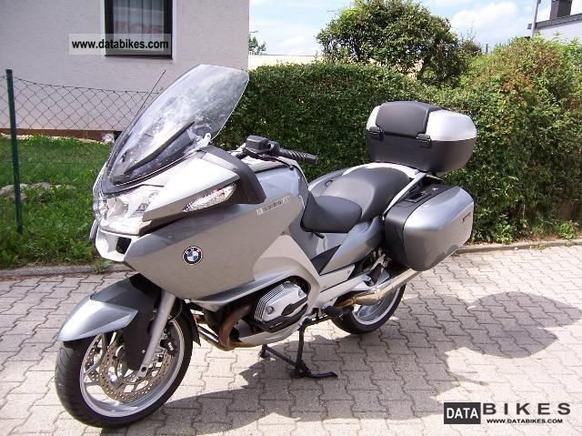 2005 BMW R 1200 RT with topcase