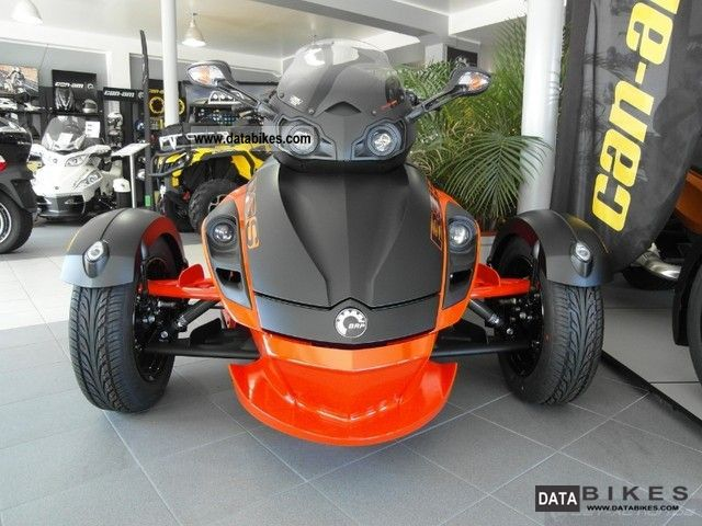 2011 Bombardier  BRP Can Am Spyder RS-S Motorcycle Trike photo