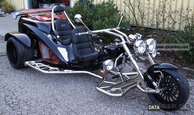 2011 Boom  ST1 Mustang \ Motorcycle Trike photo
