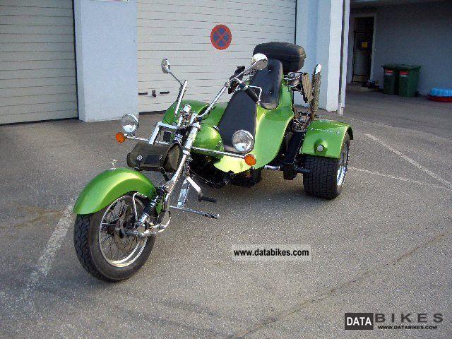 1999 Boom  Chopper Motorcycle Trike photo