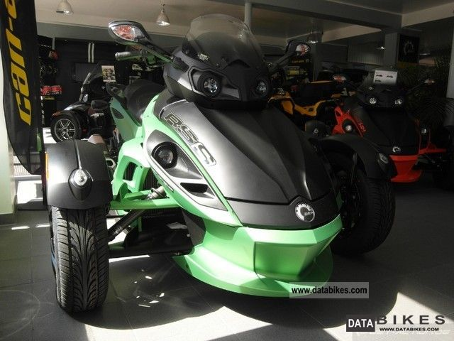 2011 BRP  Can Am Spyder RS-S Motorcycle Quad photo