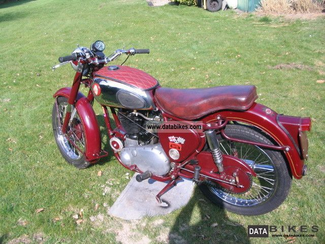 BSA  B31 1954 Vintage, Classic and Old Bikes photo