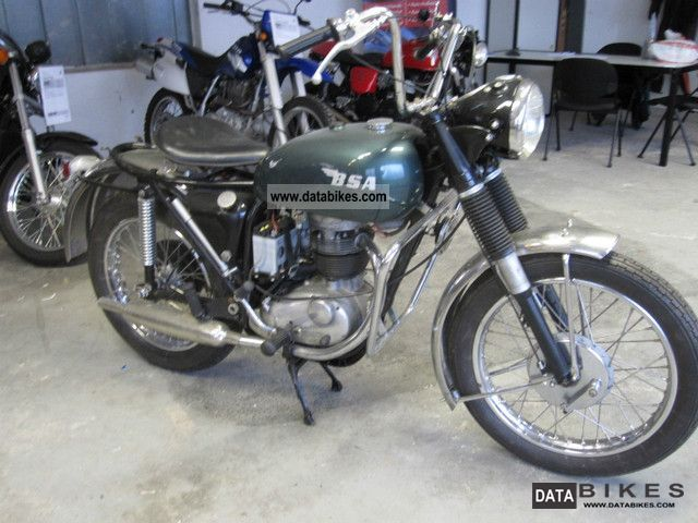 BSA  B 40 1967 Vintage, Classic and Old Bikes photo