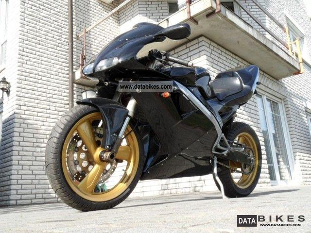 2000 Cagiva  Mito 125 Evo 7Speed Motorcycle Lightweight Motorcycle/Motorbike photo