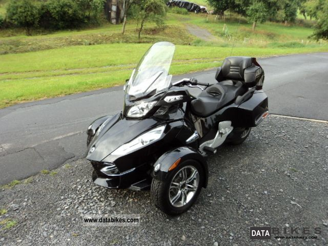 2010 Can Am  Spyder RTS Motorcycle Trike photo