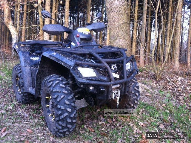 2010 Can Am  Outlander 800 X Motorcycle Quad photo
