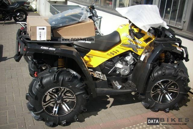 2011 Can Am  Outlander 800R EFI X-MR Mud Racer in stock! Motorcycle Quad photo