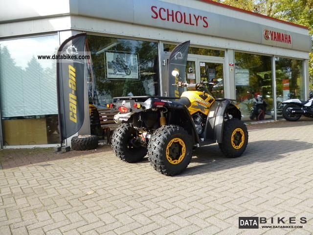 2011 Can Am  Outlander 800R, Outlander 800 XXC Motorcycle Quad photo