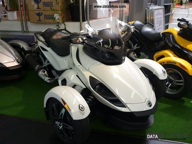 2010 Can Am  Sypder RS-S SE5 Motorcycle Trike photo