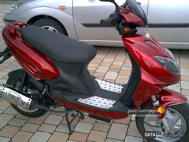 2008 CPI  Electric Fuel Motorcycle Scooter photo