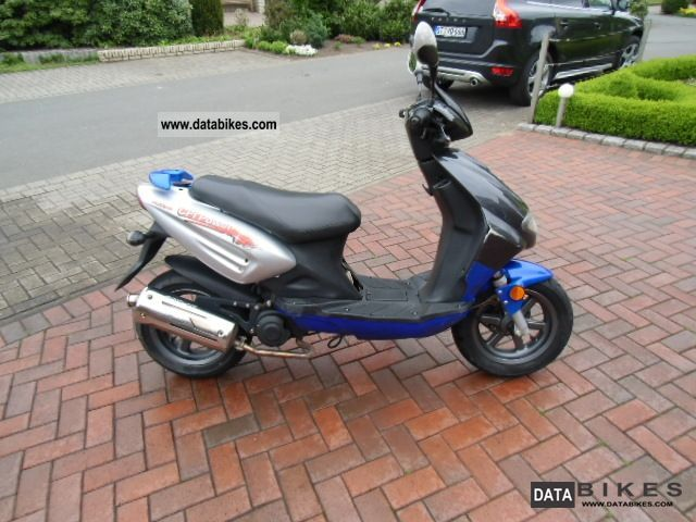 CPI  Husser 25 with 25 kmh admission TOP 2008 Scooter photo
