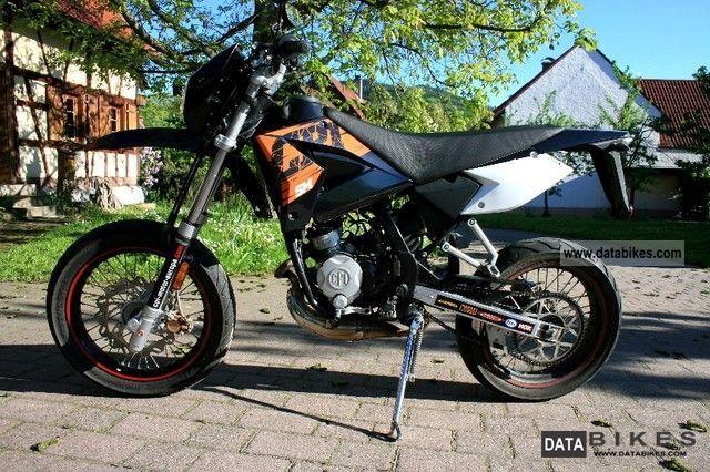 2008 CPI  SM 50 Supermoto Motorcycle Lightweight Motorcycle/Motorbike photo