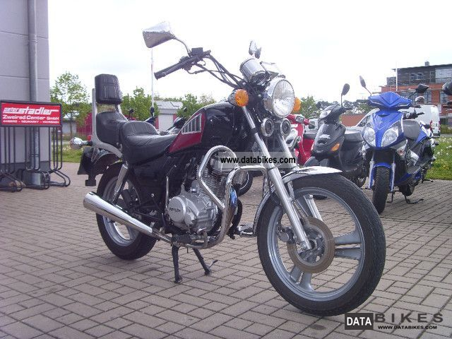 1997 Daelim  VC 125 F - NM Motorcycle Chopper/Cruiser photo