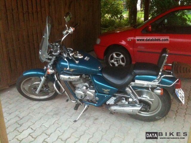 1999 Daelim  125 VT Motorcycle Lightweight Motorcycle/Motorbike photo