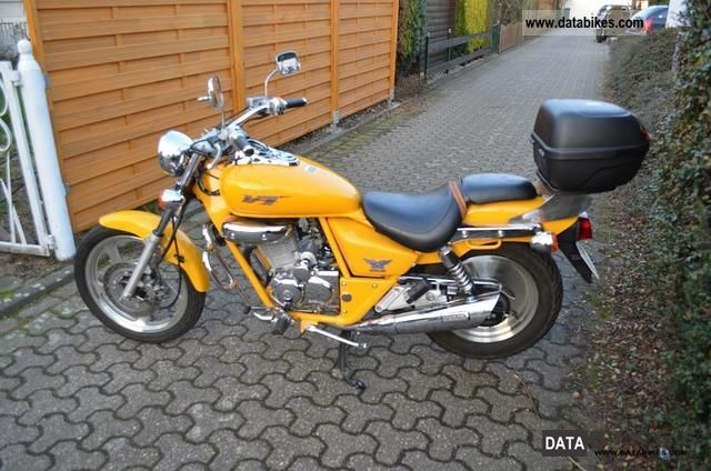 1999 Daelim  VT 125F Motorcycle Lightweight Motorcycle/Motorbike photo