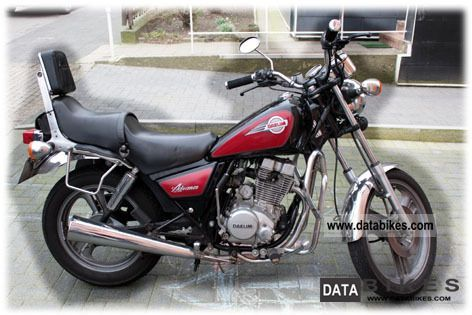 1998 Daelim  Advance Custom VC125F Motorcycle Chopper/Cruiser photo