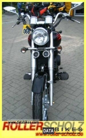 2011 Daelim  Daystar FI 125 black plus Motorcycle Chopper/Cruiser photo
