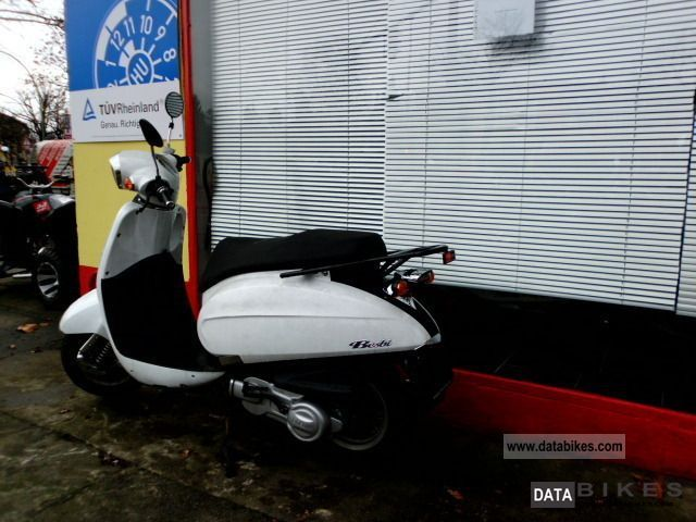 2010 Daelim  Besbi 125 nationwide delivery Motorcycle Scooter photo