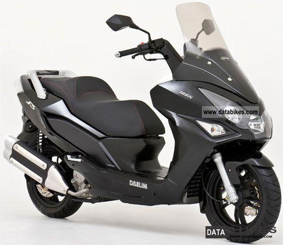 2011 daelim daelim s3 125 fi 125cc scooter black. Black Bedroom Furniture Sets. Home Design Ideas