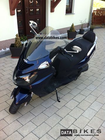 Daelim  Freewing S2 125 Fi, delivery on request 2010 Scooter photo