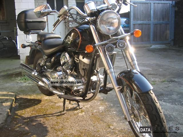 2004 Daelim  VL-125F Motorcycle Chopper/Cruiser photo