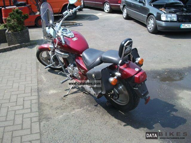 1998 Daelim  VT 125 Custom Motorcycle Chopper/Cruiser photo