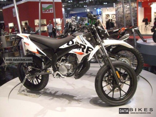 2011 Derbi  DRD RACING 50 SUPER-MOTO-FIGHTER 2011! Motorcycle Super Moto photo