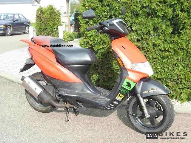 2005 Derbi  Atlantis Motorcycle Scooter photo