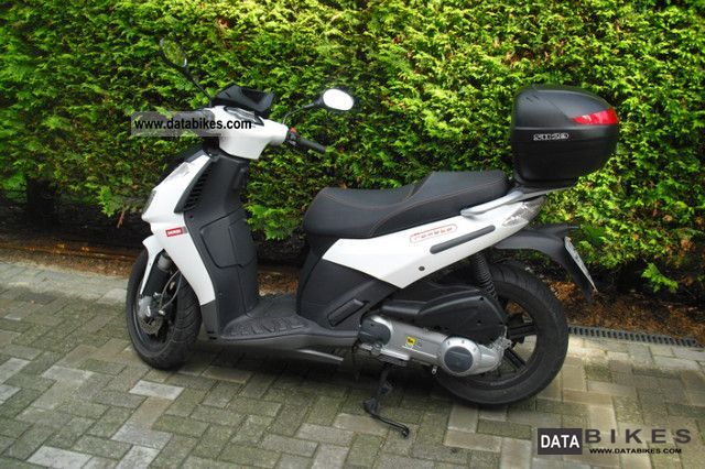 2009 Derbi  250ie Motorcycle Scooter photo