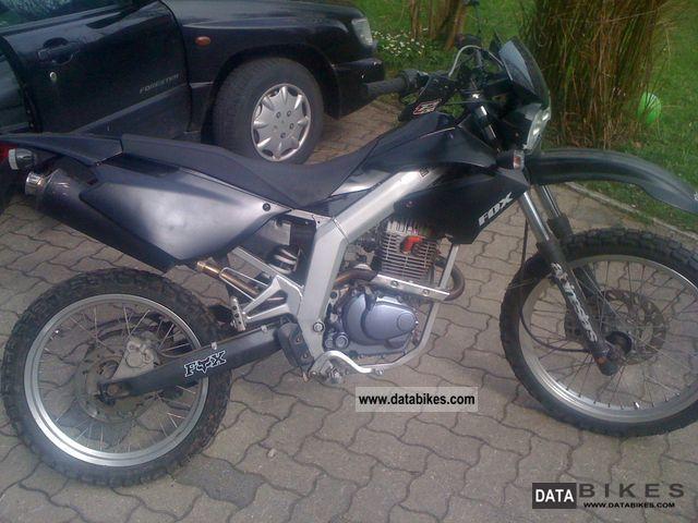 2004 Derbi  Senda 125 Motorcycle Lightweight Motorcycle/Motorbike photo