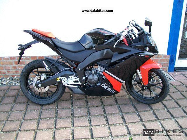 2011 Derbi  GPR 125 Racing Motorcycle Lightweight Motorcycle/Motorbike photo