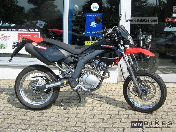 2011 Derbi  SENDA SM BAJA125 Motorcycle Lightweight Motorcycle/Motorbike photo