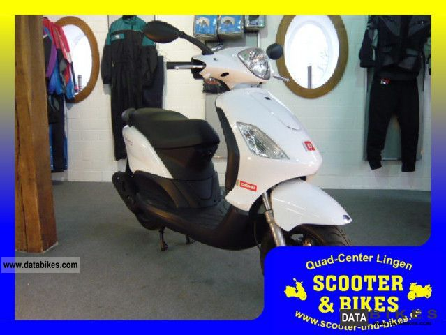 2011 Derbi  Boulevard Four 25 Km SPECIAL PRICE Motorcycle Scooter photo