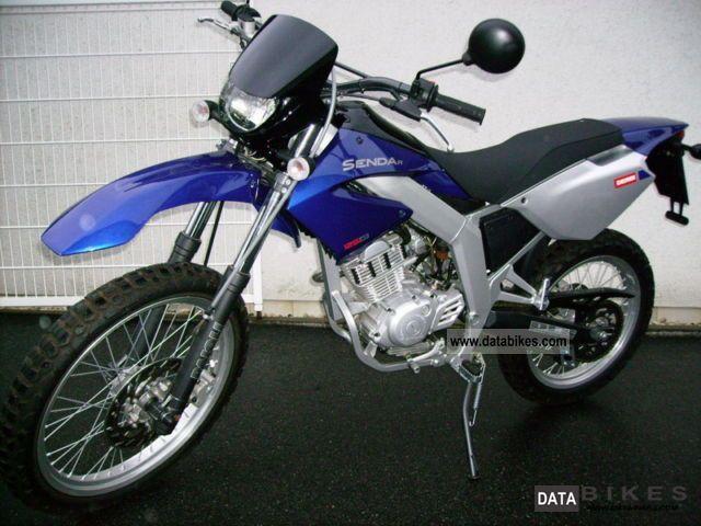 2007 Derbi  Senda 125R Motorcycle Lightweight Motorcycle/Motorbike photo