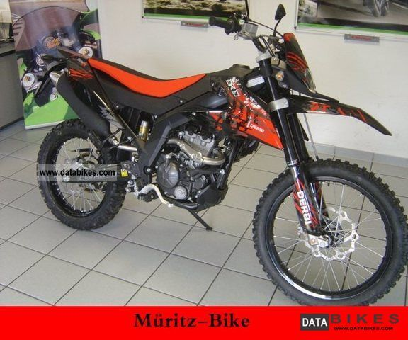 Derbi  Senda DRD 125 R, similar. DT / SM / SX / 2011 Enduro/Touring Enduro photo