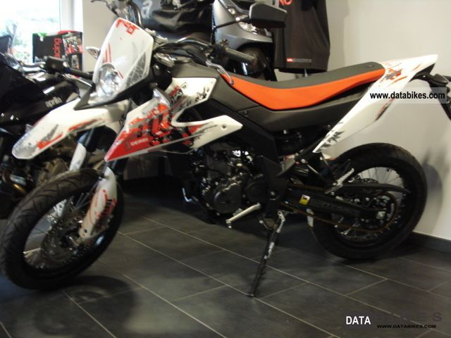 2011 derbi drd senda sm 125 supermoto with 15hp. Black Bedroom Furniture Sets. Home Design Ideas